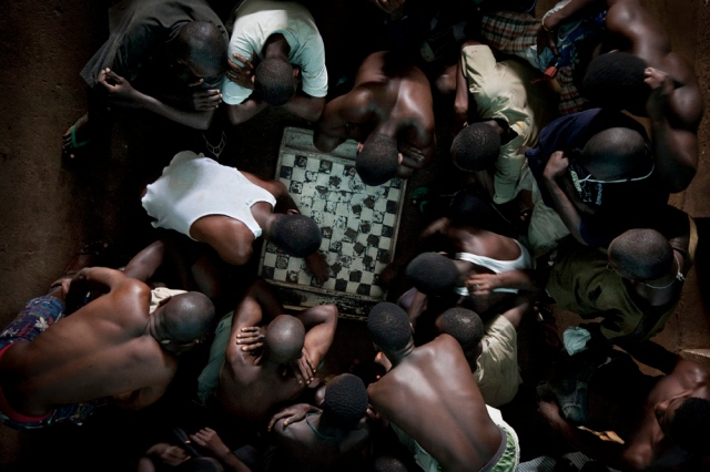 Prisoners in Freetown, Sierra Leone (Photo: Fernando Moleres / Panos / laif)