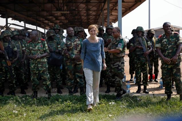US Ambassador to the United Nations Samantha Power visits peacekeepers in the Central African Republic (Photo: Jerome Delay / AP)