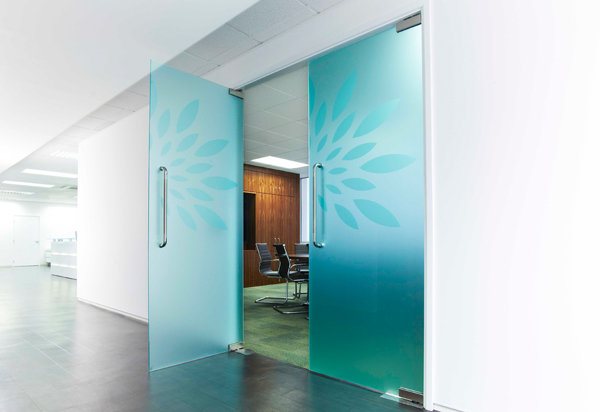 and-opaque-glass-boardroom-doors-whilst-open