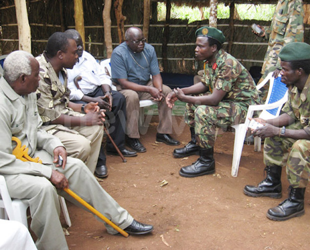 Dominic Ongwen meeting cultural and religious leaders in 2008 (Photo: New Vision)