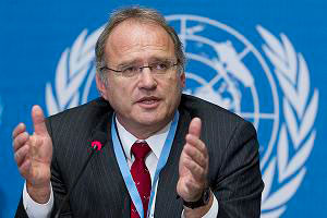 Christof Heyns, Special Rapporteur on extrajudicial, summary or arbitrary executions, recently released a report on the use of information and communication technologies to secure the right to life (photo: OHCHR)
