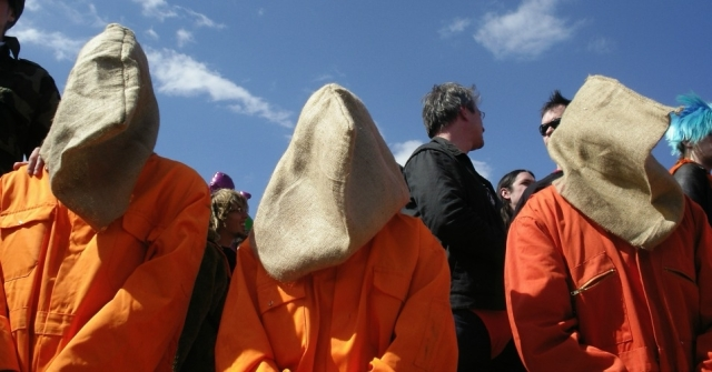A Reprieve-organized protest against US torture allegations (Photo: Val Kerry / Flickr CC)